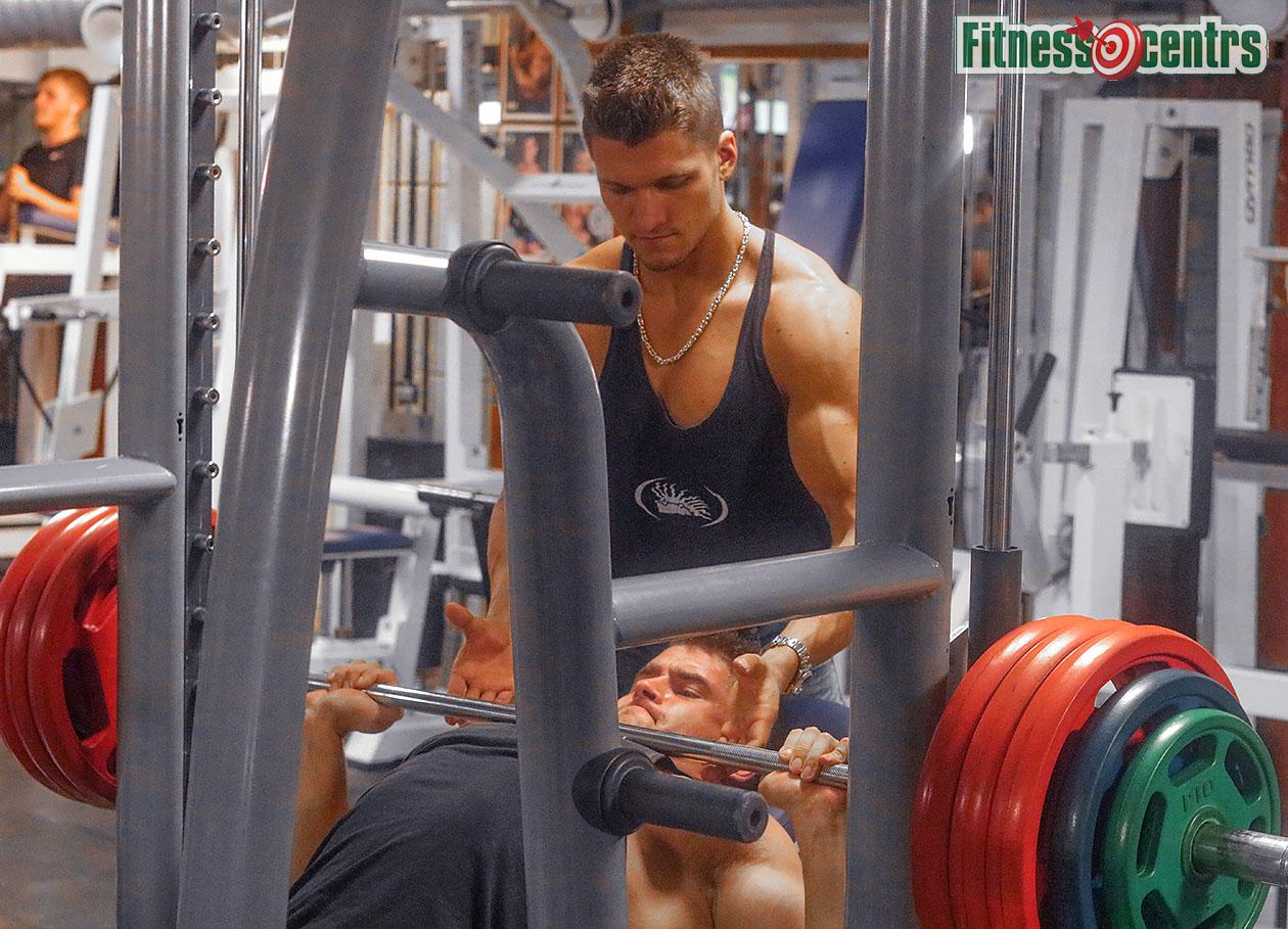 http://img.fitnes.lv/2/bodybuilding_Latvia_3783_0968.jpg