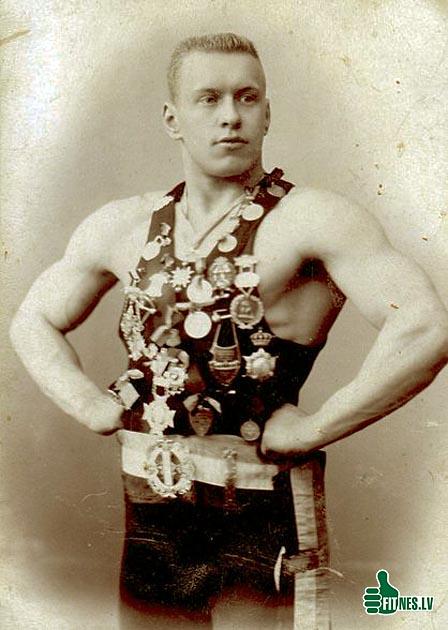 http://img.fitnes.lv/2/bodybuilding_history_92765.jpg