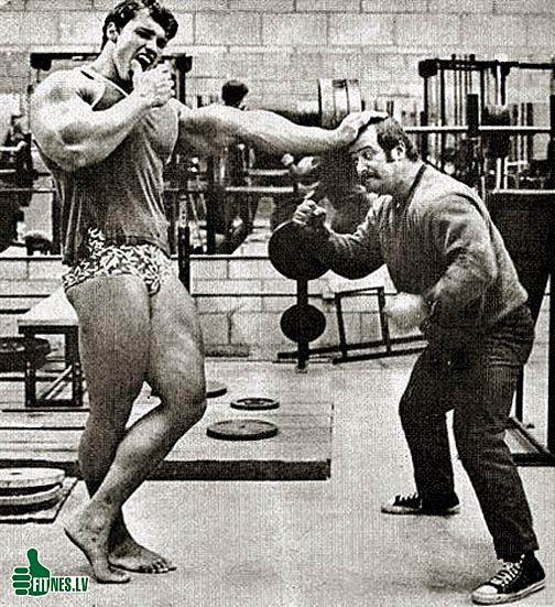 http://img.fitnes.lv/2/bodybuilding_humour_9373894.jpg