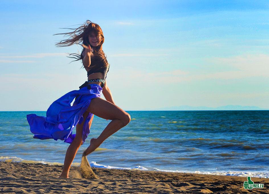 http://img.fitnes.lv/2/dance_beach_7898_0160.jpg