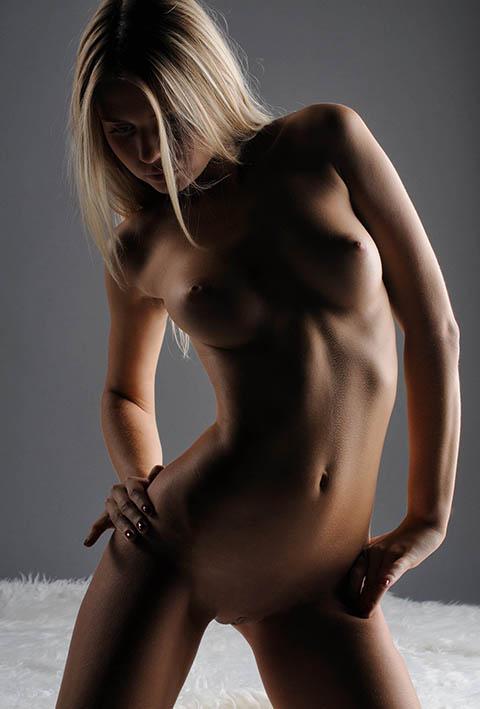 http://img.fitnes.lv/2/erotika_288176263.jpg