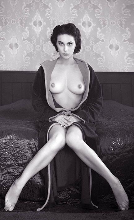 http://img.fitnes.lv/2/erotika_3905883876235.jpg