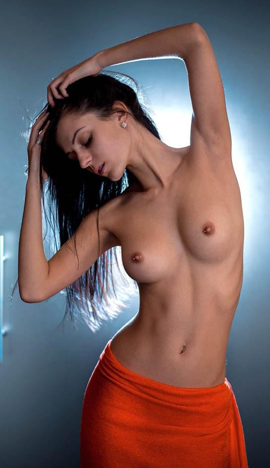 http://img.fitnes.lv/2/erotika_3948764.jpg