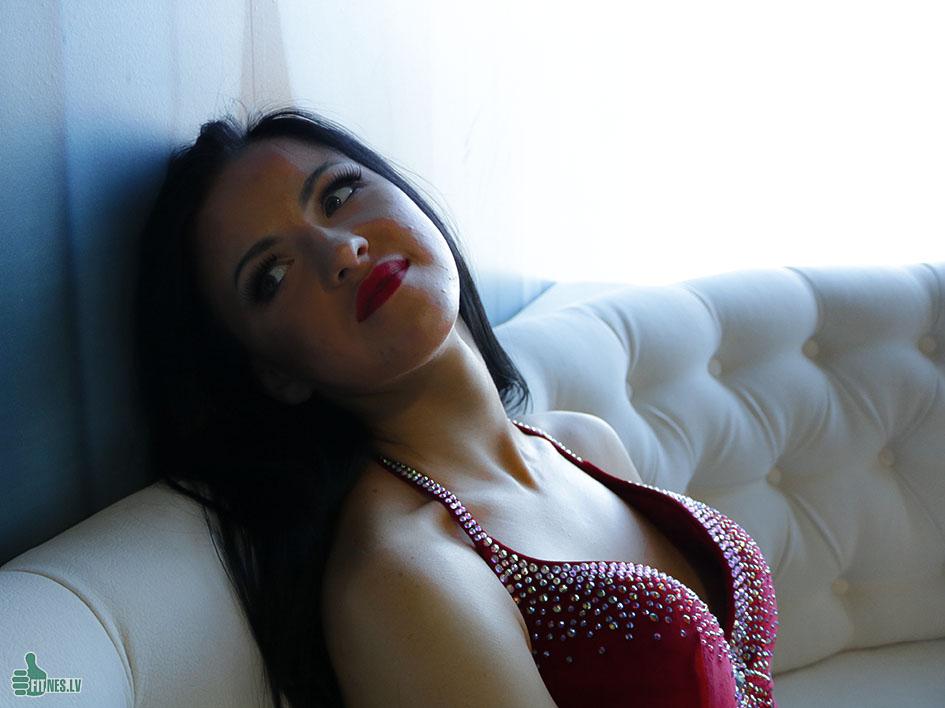 http://img.fitnes.lv/2/face_girls_2933_3055.jpg