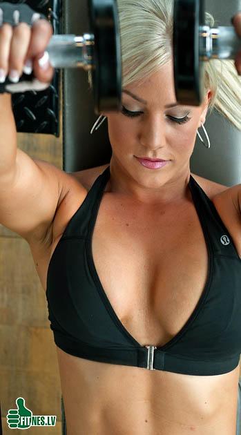 http://img.fitnes.lv/2/fitness_babes_277903.jpg