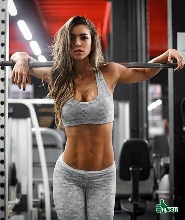 http://img.fitnes.lv/2/fitness_babes_27937282.jpg