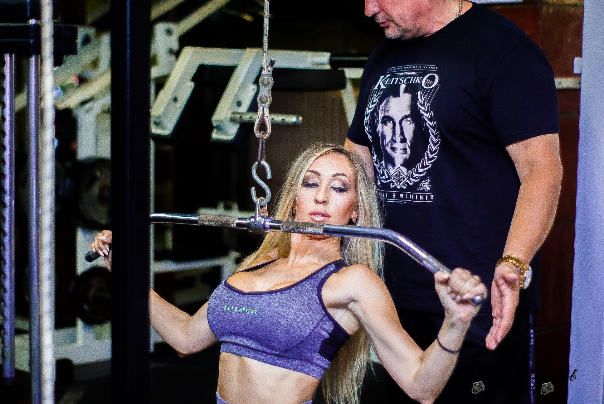 http://img.fitnes.lv/2/fitness_babes_2827363.jpg