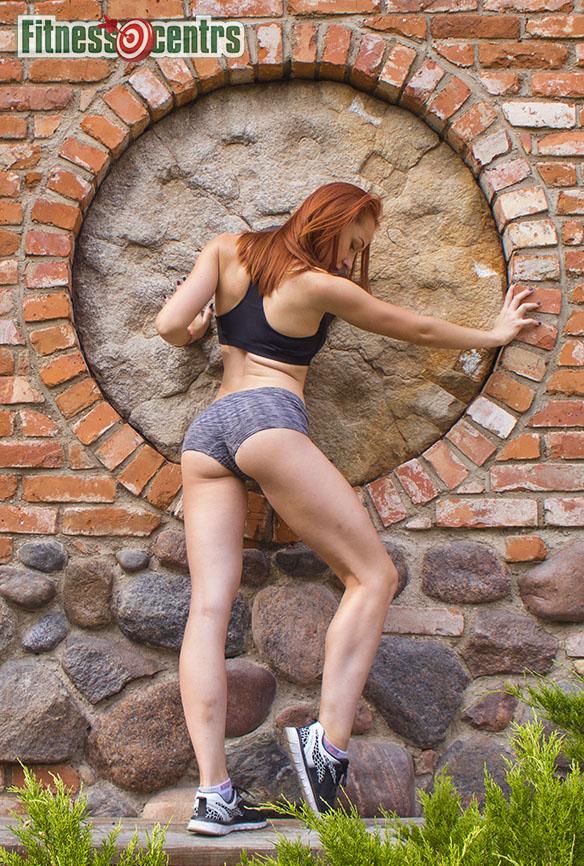 http://img.fitnes.lv/2/fitness_babes_28371_3327.jpg
