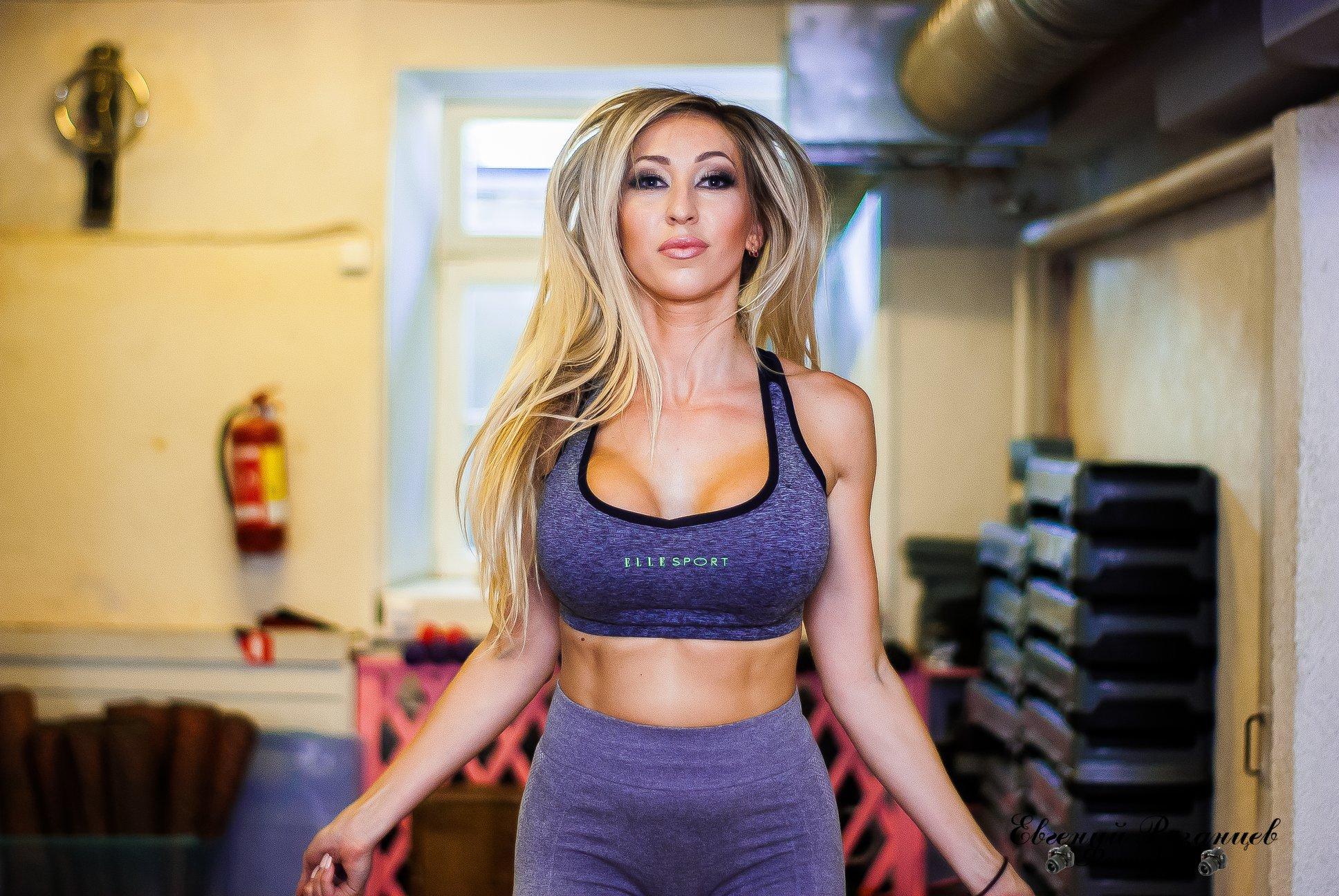 http://img.fitnes.lv/2/fitness_babes_767854428932.jpg