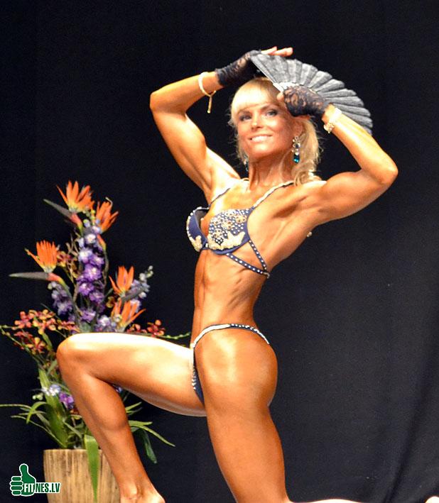 http://img.fitnes.lv/2/fitness_girls_0062.jpg