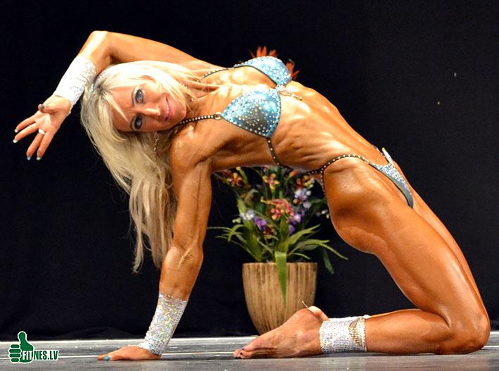 http://img.fitnes.lv/2/fitness_girls_0079.jpg