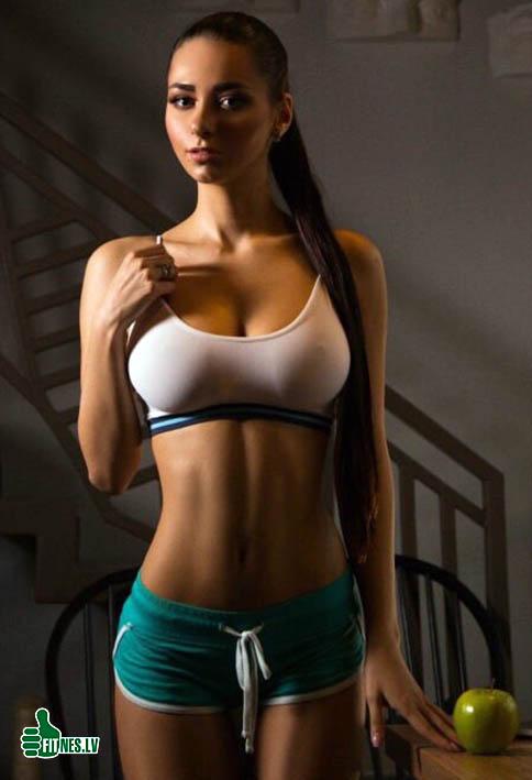 http://img.fitnes.lv/2/fitness_girls_09281168342.jpg
