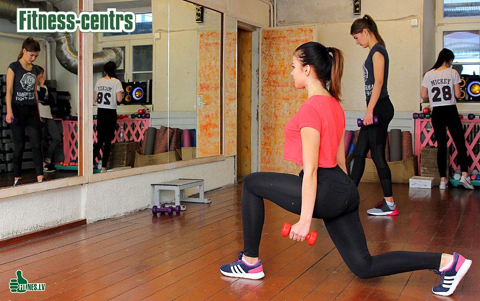 http://img.fitnes.lv/2/fitness_girls_09345.jpg