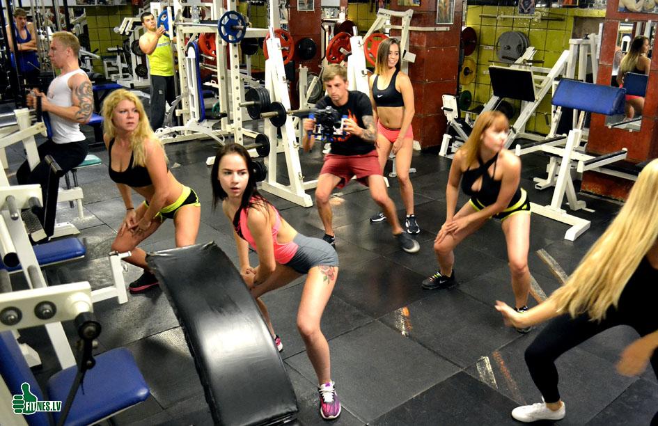 http://img.fitnes.lv/2/fitness_girls_279937612.jpg
