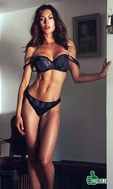 http://img.fitnes.lv/2/fitness_girls_2936732.jpg
