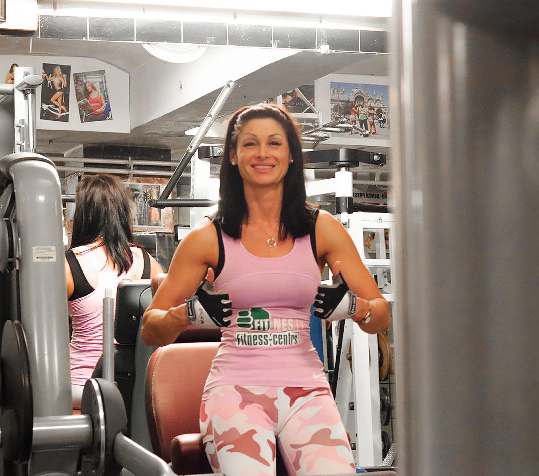 http://img.fitnes.lv/2/fitness_girls_29993_4558.jpg