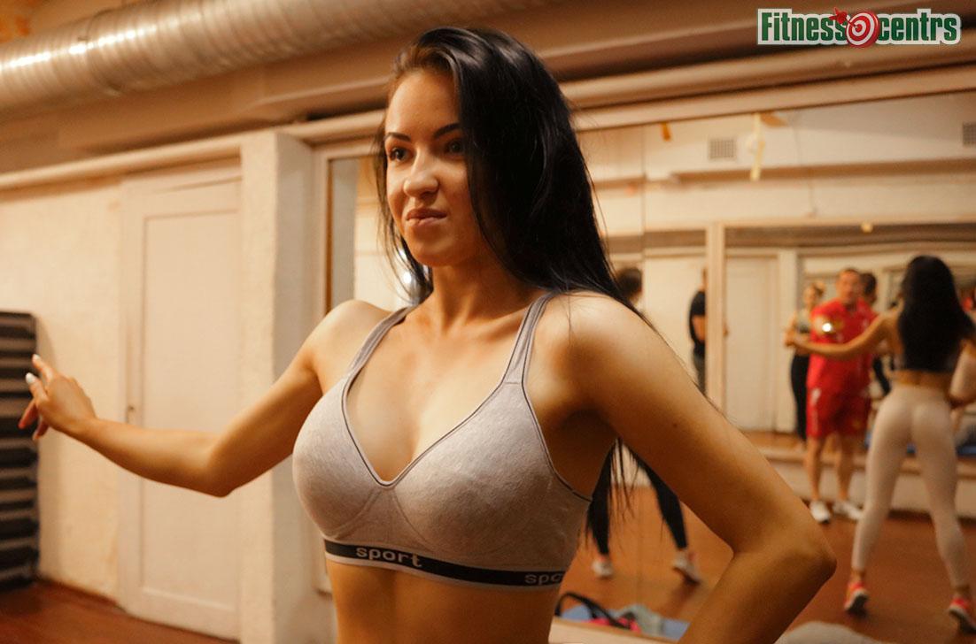 http://img.fitnes.lv/2/fitness_girls_384874_8334.jpg