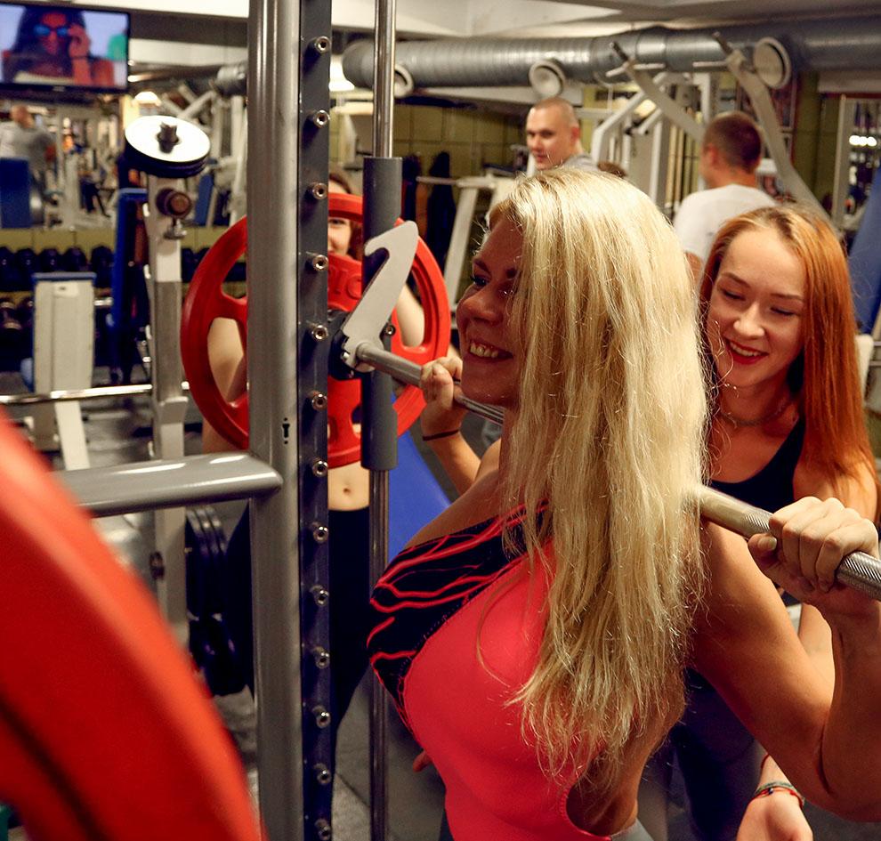 http://img.fitnes.lv/2/fitness_girls_874684_2738.jpg