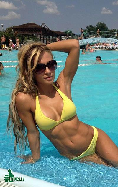 http://img.fitnes.lv/2/fitness_girls_927652220.jpg