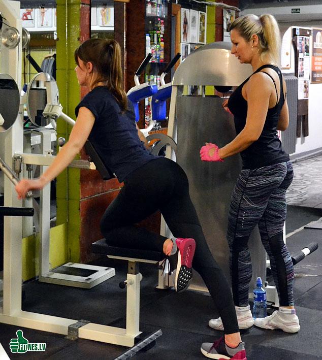 http://img.fitnes.lv/2/fitness_girls_930292223.jpg