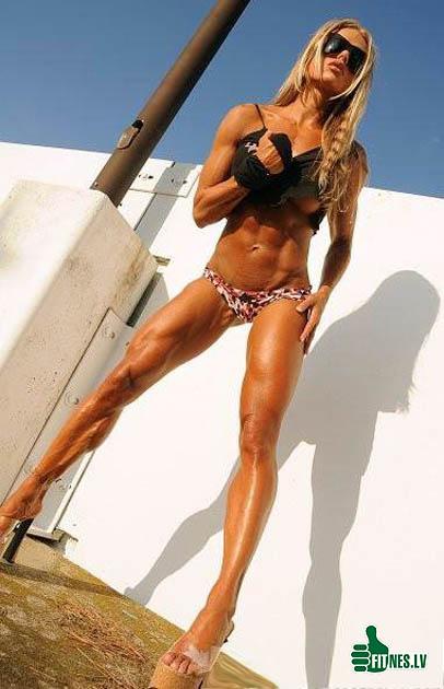 http://img.fitnes.lv/2/fitness_girls_9309849.jpg