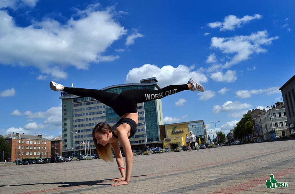http://img.fitnes.lv/2/fitness_gymnastic_268_0076.jpg