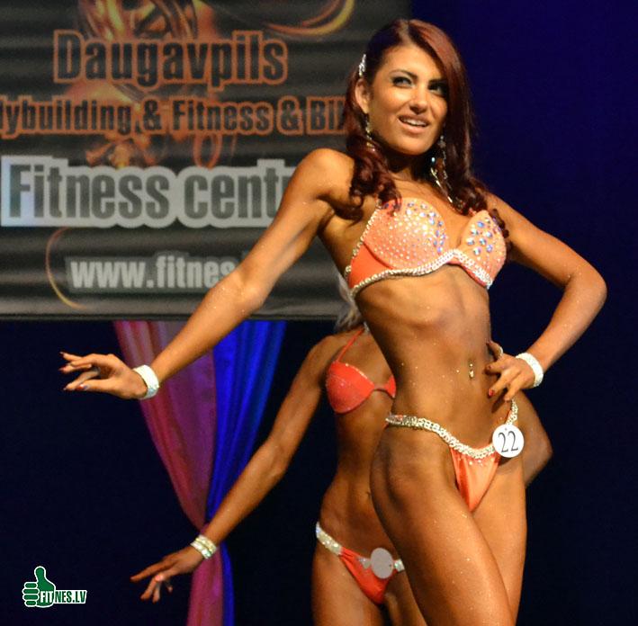 http://img.fitnes.lv/2/fitness_model_0243.jpg