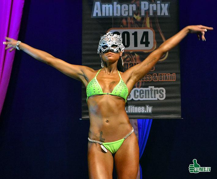 http://img.fitnes.lv/2/fitness_model_0302.jpg