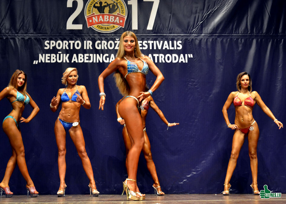 http://img.fitnes.lv/2/fitness_models_738_0077.jpg