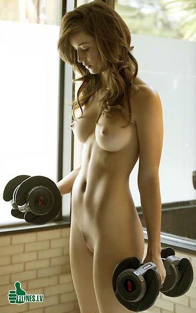 http://img.fitnes.lv/2/fitness_nude_2826554.jpg