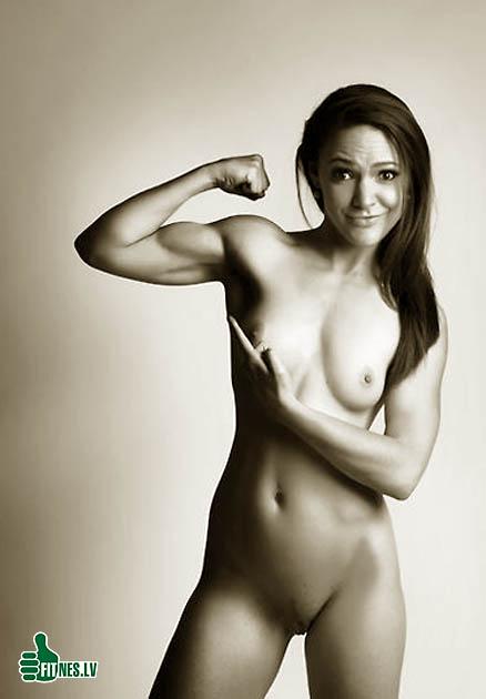 http://img.fitnes.lv/2/fitness_nude_451954.jpg