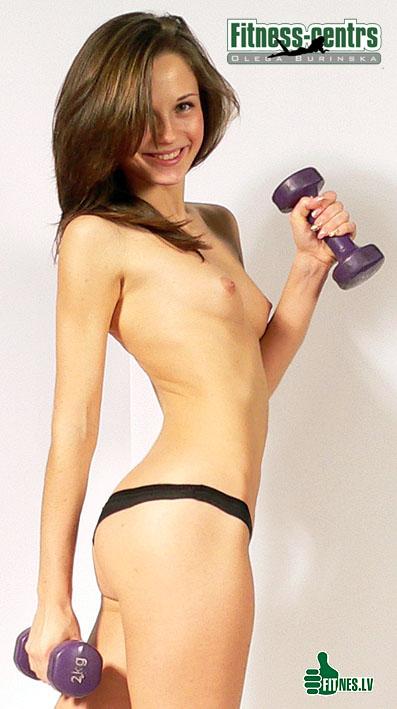 http://img.fitnes.lv/2/fitness_nude_45512.jpg