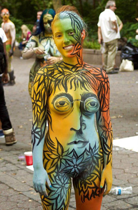http://img.fitnes.lv/2/humour-body-art-67765.jpg