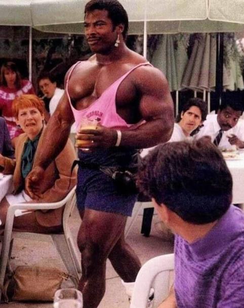 http://img.fitnes.lv/2/humour_bodybuilding_278838.jpg
