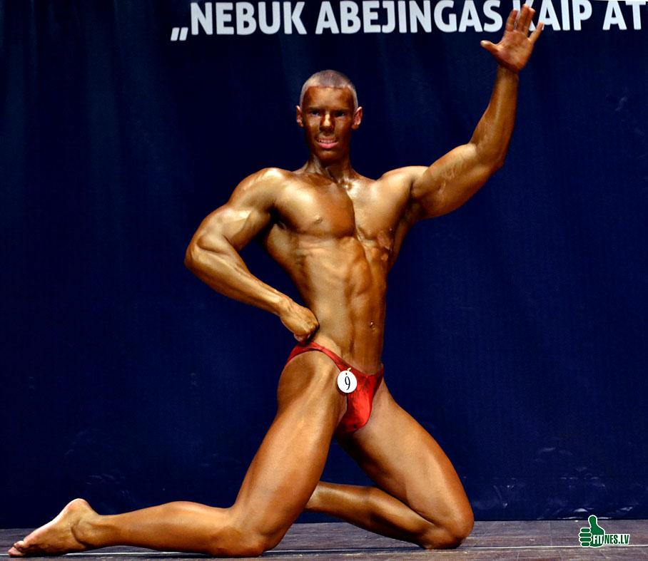 http://img.fitnes.lv/2/men_fitness_32_0200.jpg