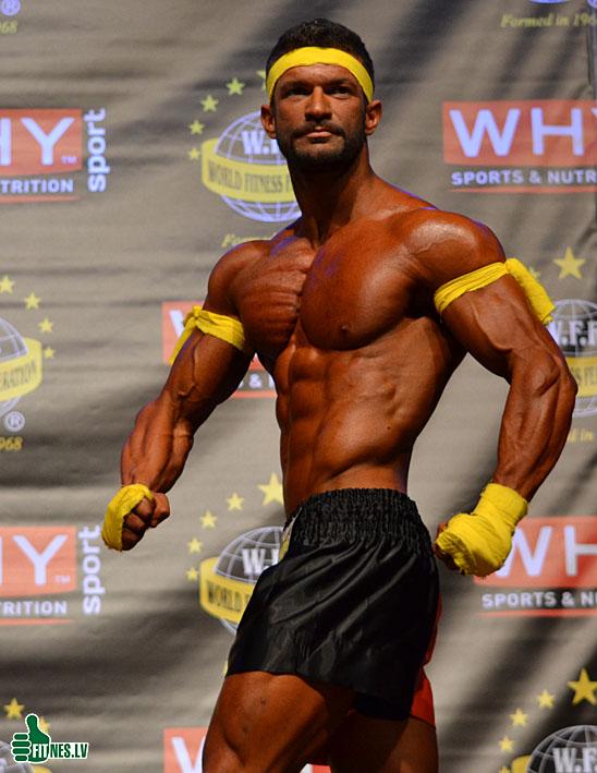 http://img.fitnes.lv/2/men_sports_models_293767.jpg