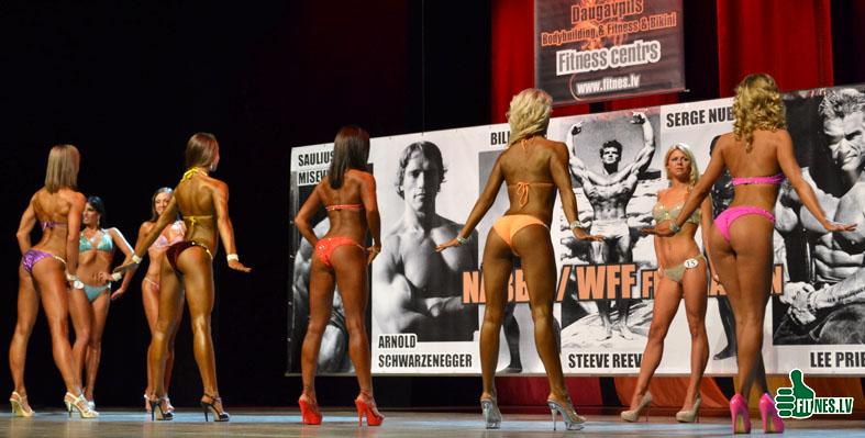 http://img.fitnes.lv/2/miss_bikini_0020.jpg