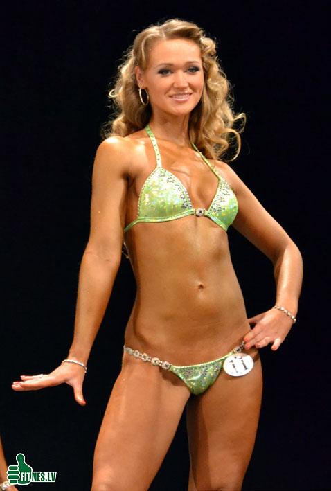 http://img.fitnes.lv/2/miss_bikini_0021.jpg