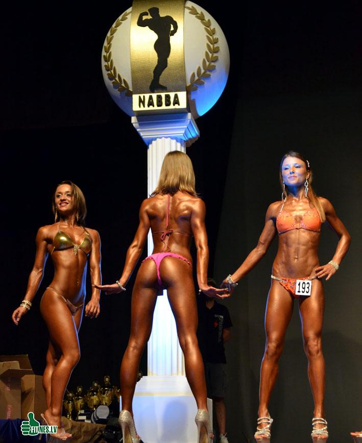 http://img.fitnes.lv/2/miss_bikini_0579.jpg