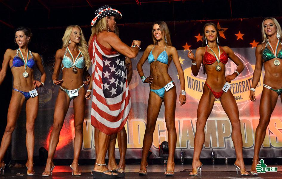 http://img.fitnes.lv/2/miss_bikini_0611.jpg
