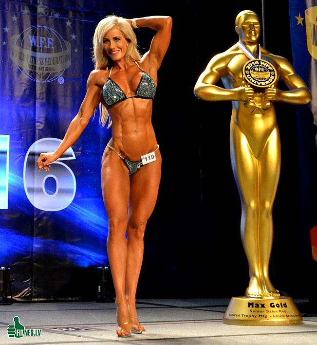 http://img.fitnes.lv/2/miss_bikini_0976.jpg