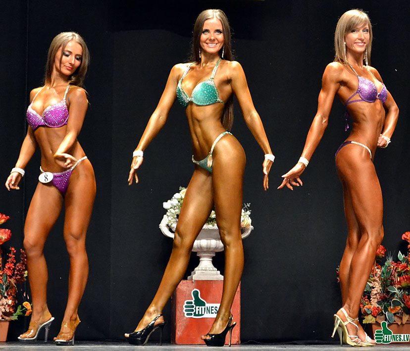 http://img.fitnes.lv/2/miss_bikini_3278_0019.jpg
