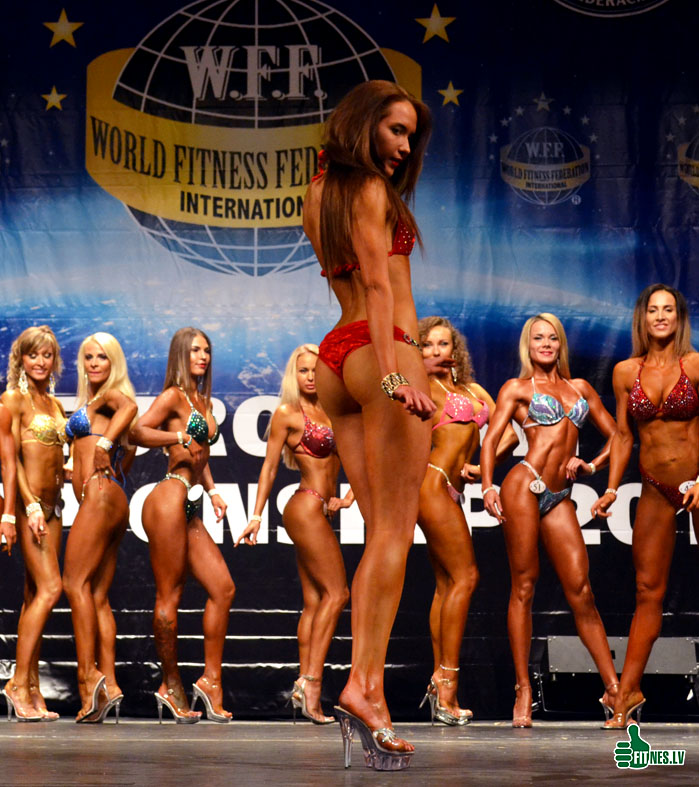 http://img.fitnes.lv/2/miss_bikini_3573_0143.jpg