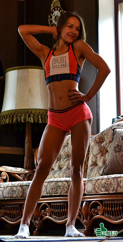 http://img.fitnes.lv/2/miss_bikini_378_0693.jpg