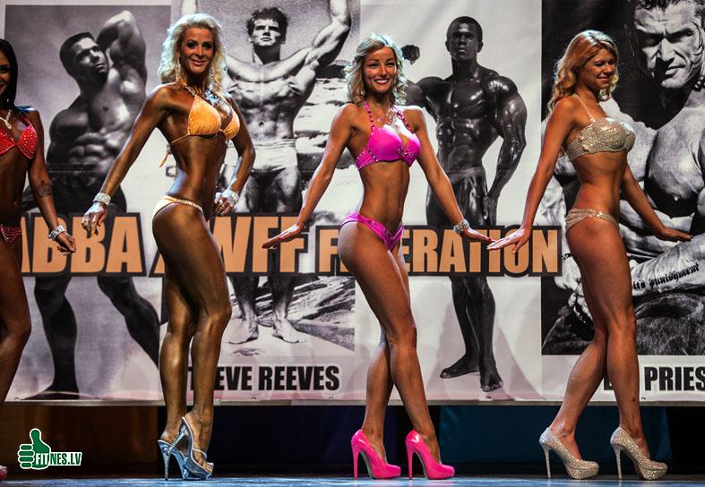 http://img.fitnes.lv/2/miss_bikini_5227.jpg