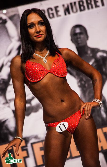 http://img.fitnes.lv/2/miss_bikini_5234.jpg