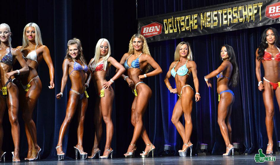 http://img.fitnes.lv/2/miss_bikini_8278366_0240.jpg