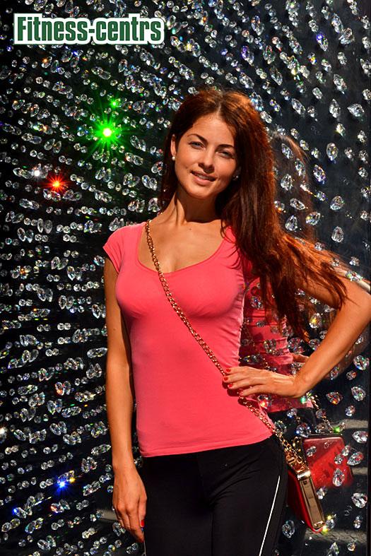 http://img.fitnes.lv/2/miss_bikini_Julija_0003.jpg