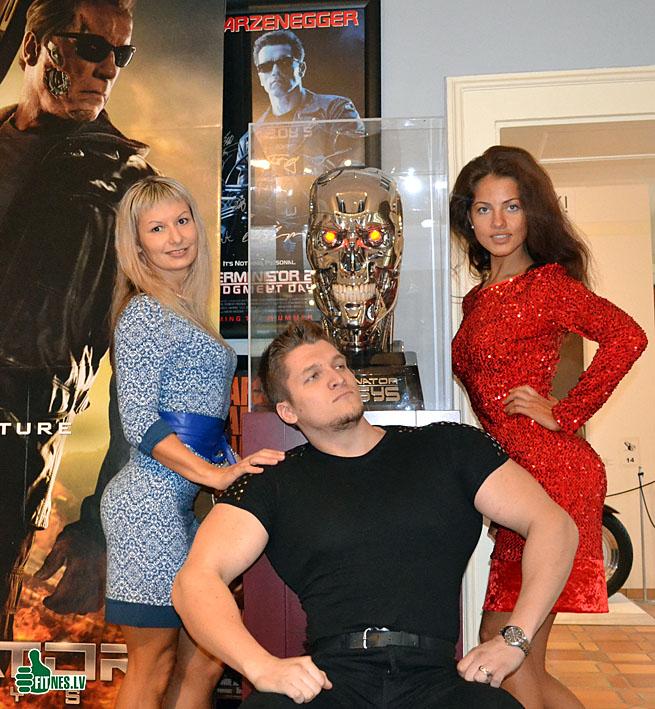 http://img.fitnes.lv/2/museum_Schwarzenegger_0336.jpg