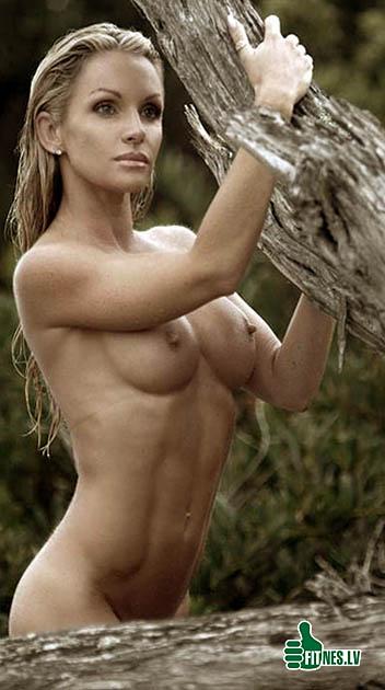 http://img.fitnes.lv/2/nude_fitness_7844432.jpg